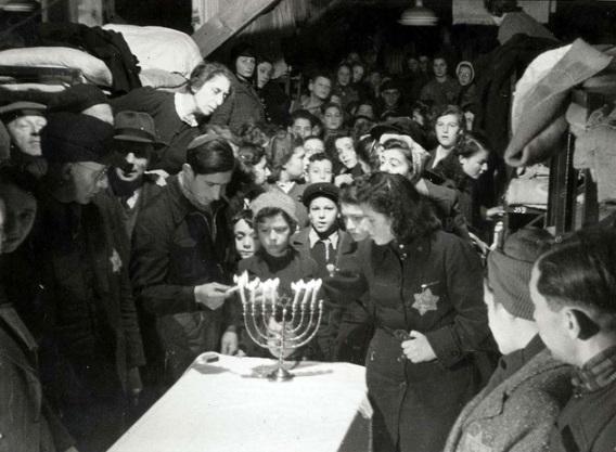 Chanukkah2